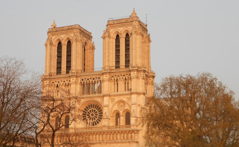 Notre-Dame de Paris im Abendlicht (April 2012)